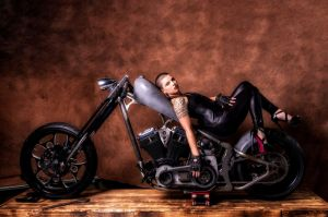Auteur model Miss_C_Pole - Born to be wild